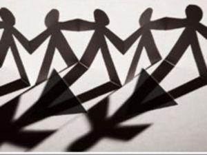 1377202323000-topics-article-transgender2-tcm7-90890