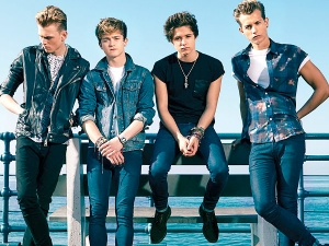 The-Vamps-group-shot