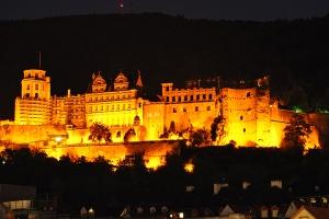 Schloss_bei_Nacht_Lochner_02